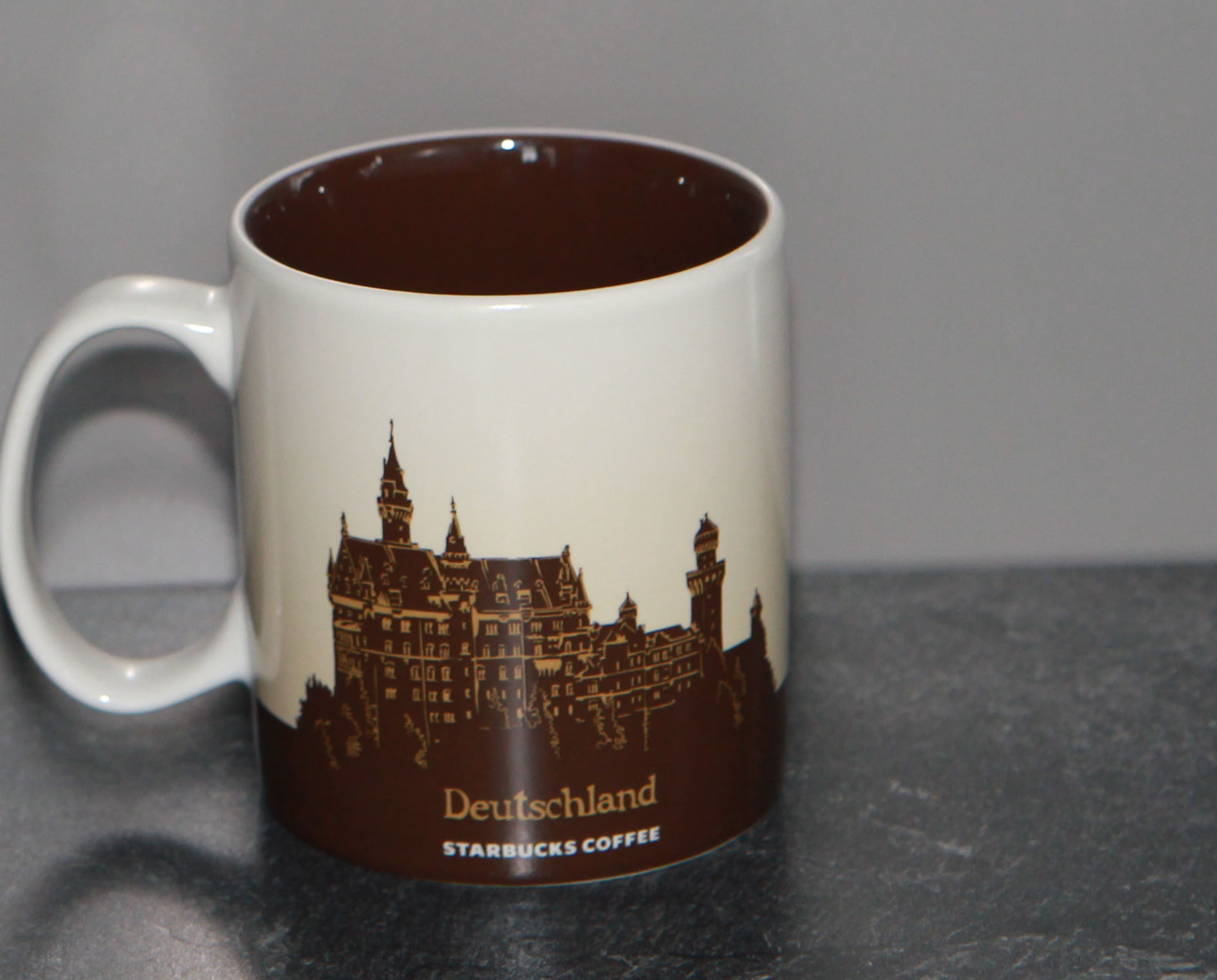 mug_CS_DE_GermanyBrown_back
