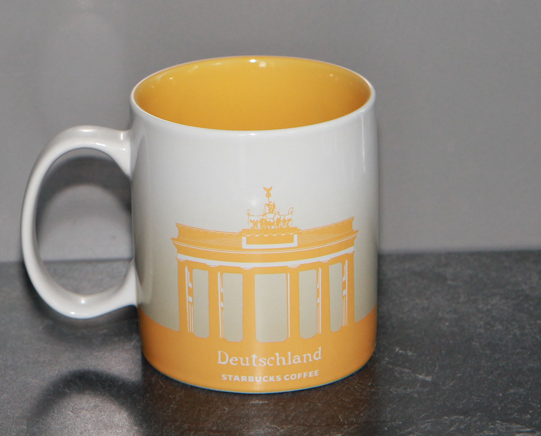 mug_CS_DE_GermanyYellow_back
