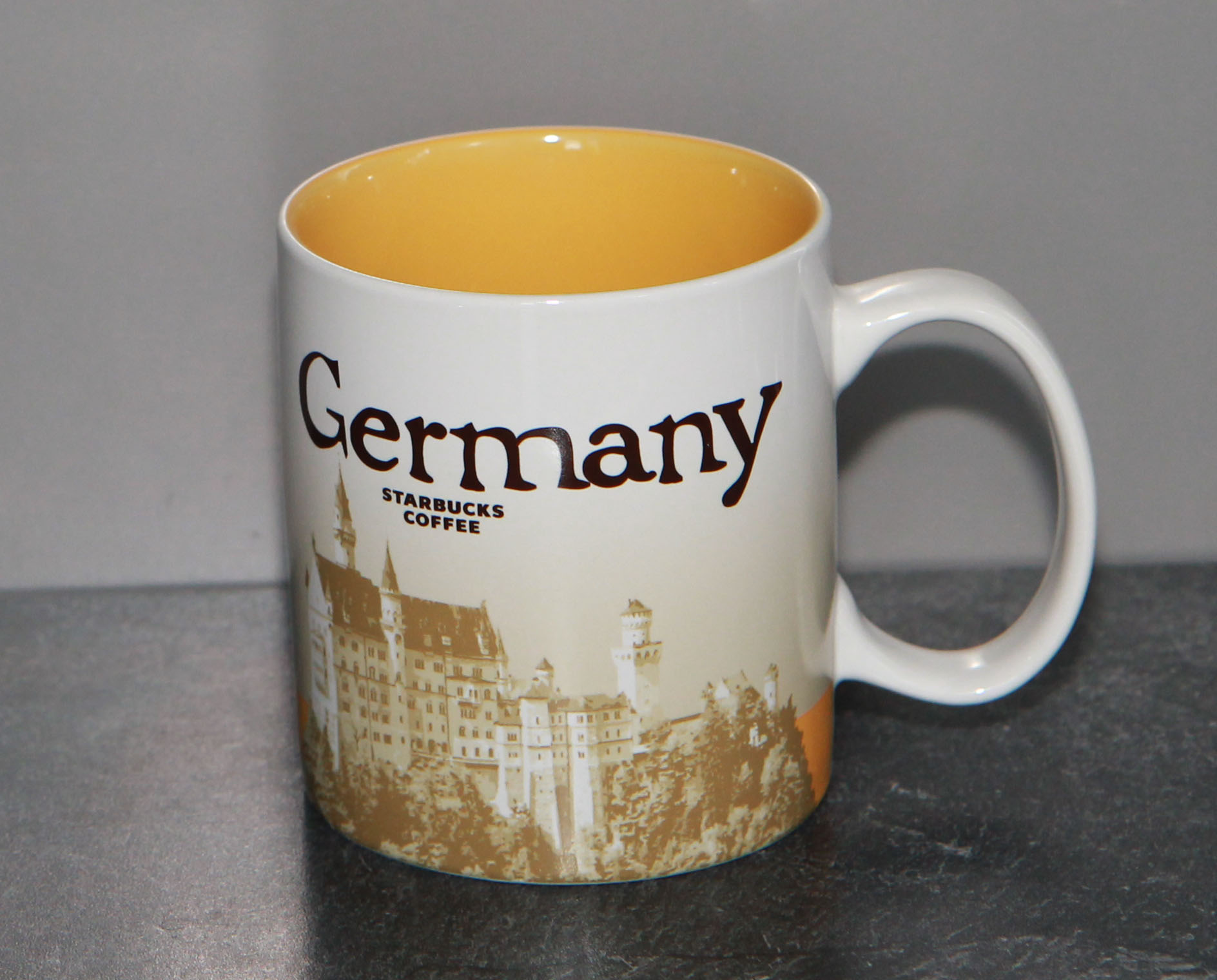 mug_CS_DE_GermanyYellow_front