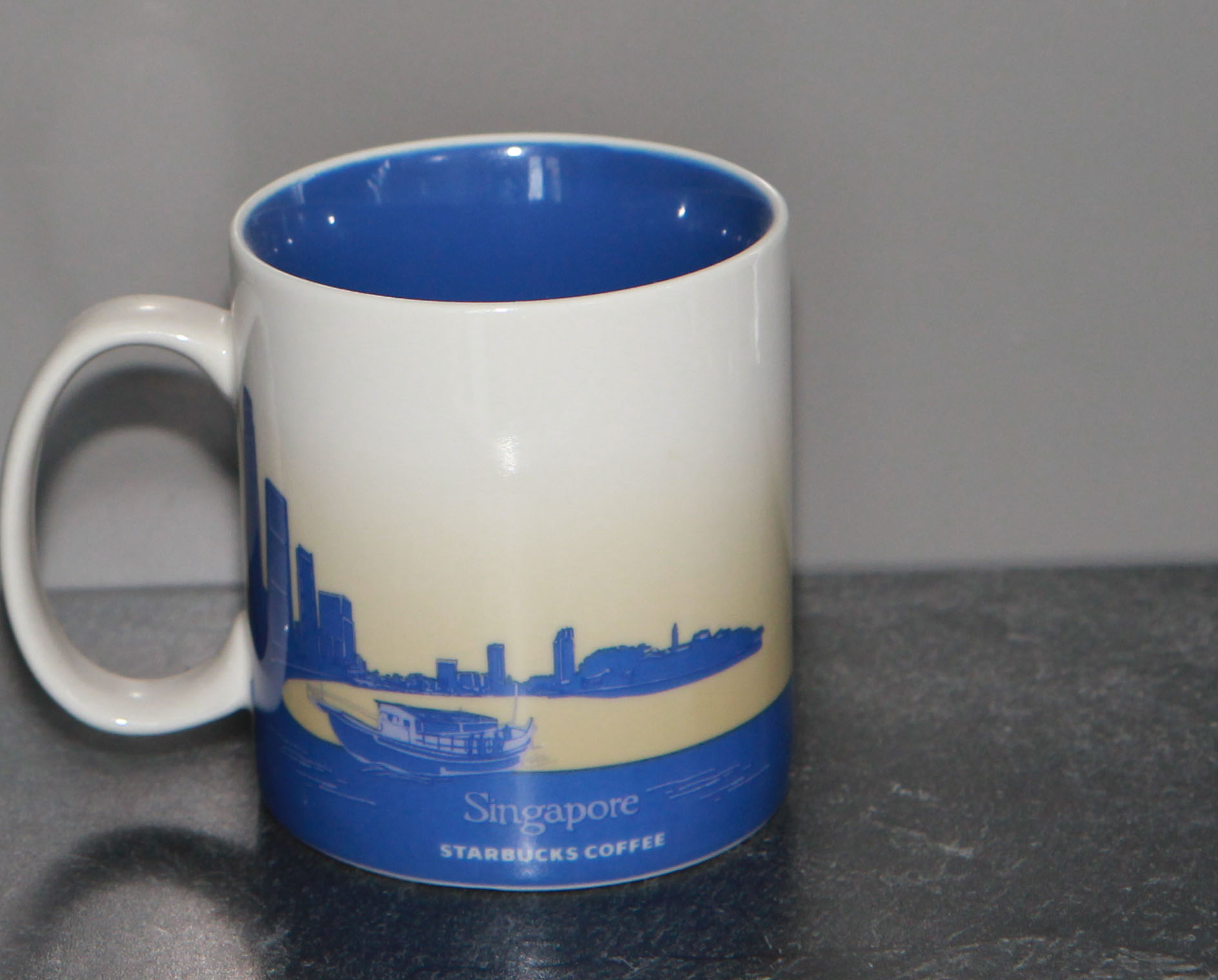 mug_CS_SG_SingaporeLily_back